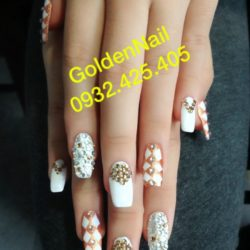 Golden Nail Salon