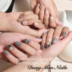 Dung Mon Nails