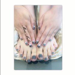 Móm Nails
