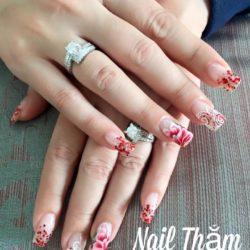 Nail Thắm