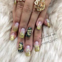 Nail's Huỳnh Nghi