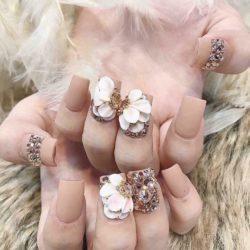 PT Nails & Beauty